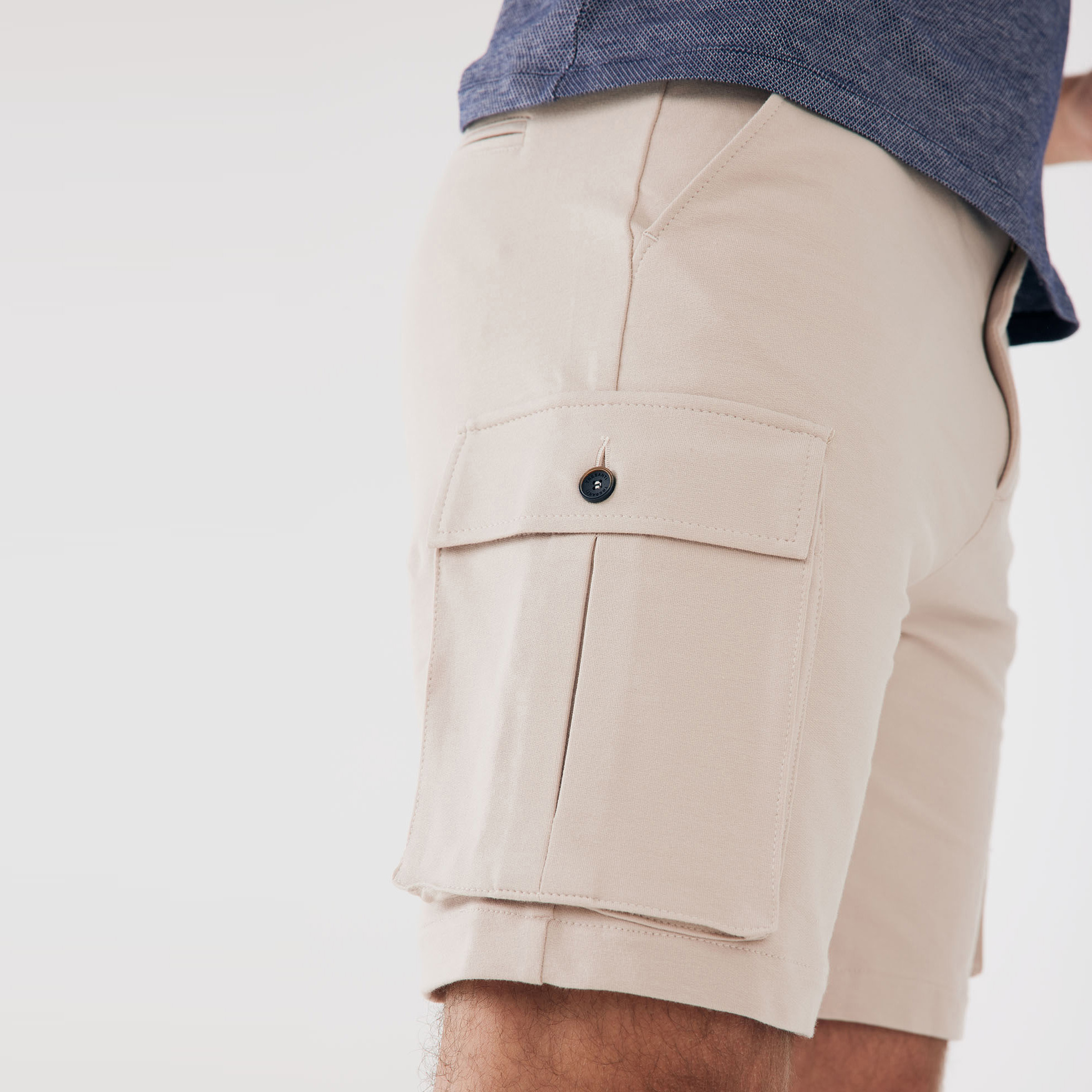 Morgan   Shorts with cargo pockets beige