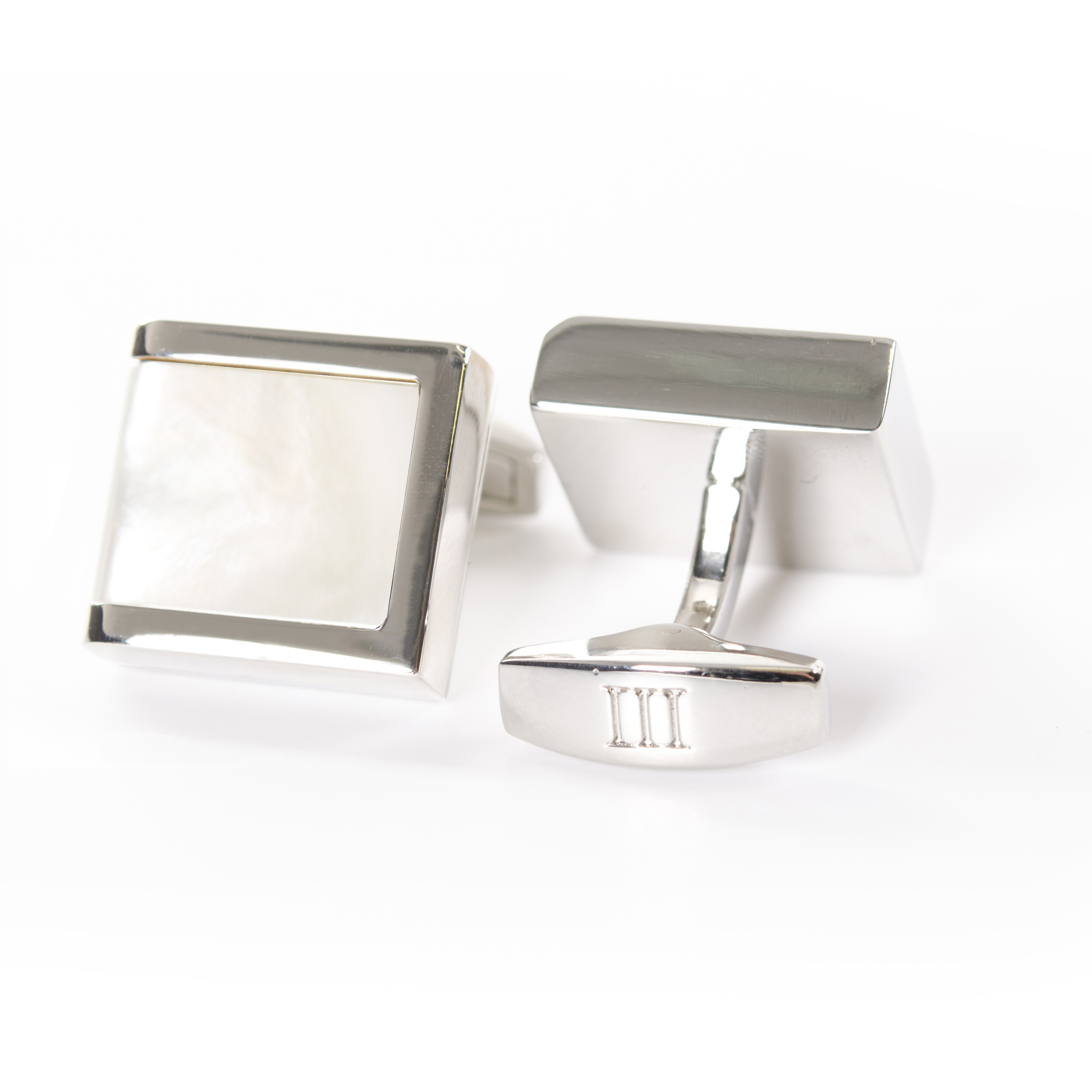 Cufflinks polished rhodium with Mother of Pearl inlay