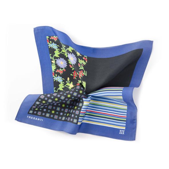 Printed blue/black pocket square made of silk
