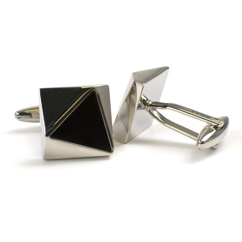 Cufflinks with onyx inlay