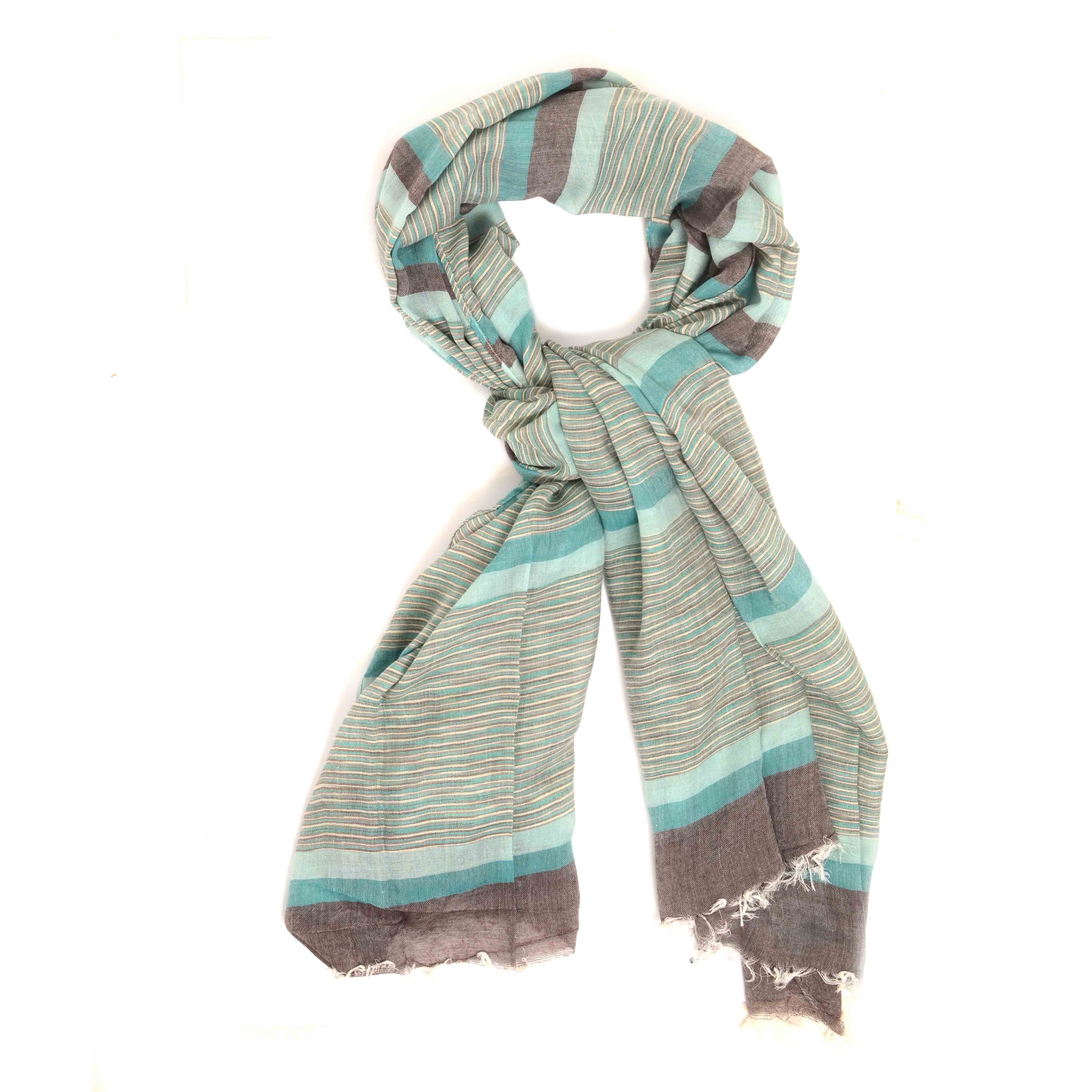Maceo | Scarf with stripe dessin in grey tints and light blue accents