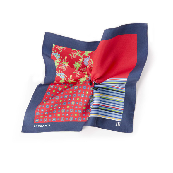 Printed navy/red pocket square made of silk